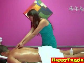 liten och nätt massage brunett i Halmstad